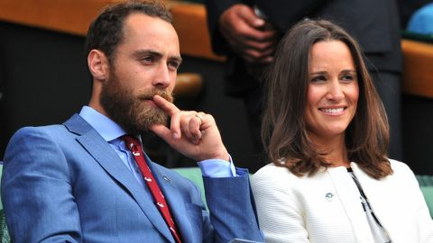 Pippa Middleton (R) and James Middleton (L), sister and brother of Catherine, Duchess of Cambridge, sit together in the Royal Box on Centre Court on day four of the 2014 Wimbledon Championships at The All England Tennis Club in Wimbledon, southwest London, on June 26, 2014. AFP PHOTO / GLYN KIRK  - RESTRICTED TO EDITORIAL USE / AFP PHOTO / GLYN KIRK