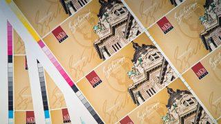 Budapest, 2012. január 27.Négyszínnyomtatással készült, a Magyar Kereskedelmi Bank (MKB) által kibocsájtandó Széchenyi Pihenőkártya (SZÉP-kártya) papírívei a Pénzjegynyomdában. MTI Fotó: Pénzjegynyomda