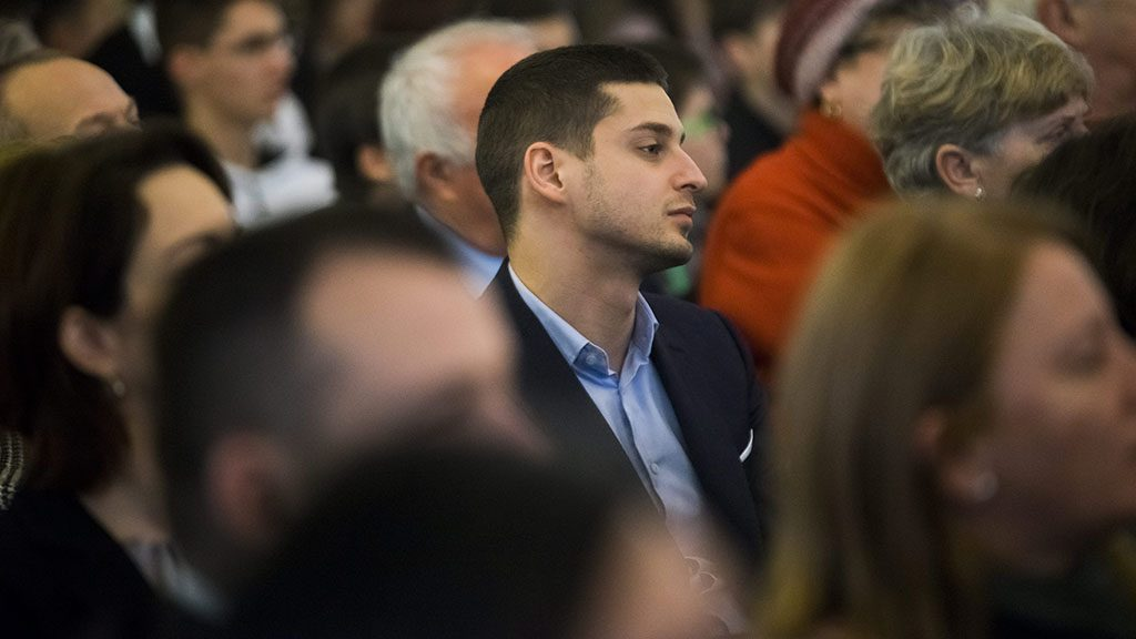 Budapest, 2016. január 27.Ungár Péter LMP-s politikus (k) a nemzetközi holokauszt-emléknapon tartott megemlékezésen Budapesten, a Holokauszt Emlékközpontban 2016. január 27-én.MTI Fotó: Balogh Zoltán