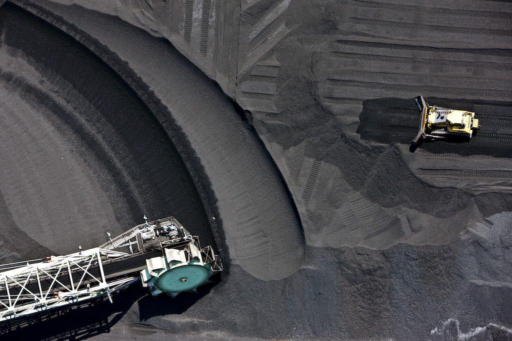 Coal loading terminal