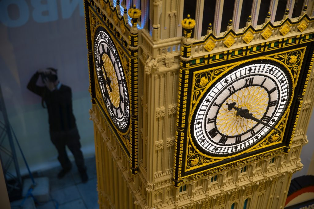 A replica of the Houses of Parliament's Elizabeth Tower (Big Ben) made from LEGO pieces is seen during the official opening of  the new LEGO store in Leicester Square, central London in November 17, 2016.  Billed as the world's largest LEGO store by the company, the new UK flagship store was officially opened on November 17 in Leicester Square. / AFP PHOTO / Daniel LEAL-OLIVAS