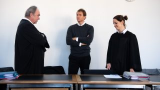 The defendant, former national goalkeeper Jens Lehmann(C), on trial for assault and attempted battery, speaks with his lawyers Stephan Tschaidse and Eva Wietersheim ahead of his trial in the district court in Starnberg,Germany, 09 November 2016. Lehmenn allegedly grabbed a driver by his scarf. He did not accept a penalty order of 240,000 euros and is therefore at the district court for an injunction hearing.Photo:MATTHIASBALK/dpa