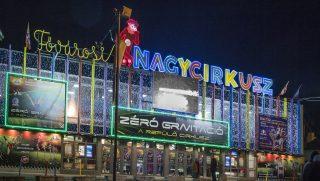Budapest, 2014. december 11. A budapesti Fõvárosi Nagycirkusz, Közép-Európa egyetlen kõcirkuszának épülete a Városligetben az Állatkerti körúton esti kivilágításban. MTVA/Bizományosi: Róka László  *************************** Kedves Felhasználó! Az Ön által most kiválasztott fénykép nem képezi az MTI fotókiadásának, valamint az MTVA fotóarchívumának szerves részét. A kép tartalmáért és a szövegért a fotó készítõje vállalja a felelõsséget.