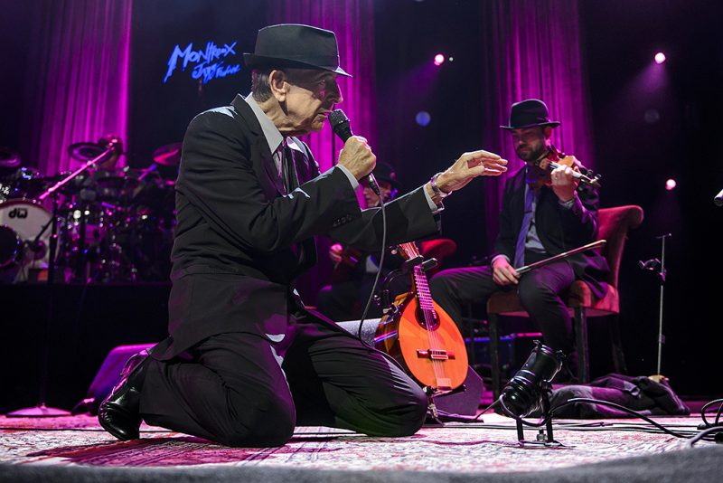 Canadian poet-songwriter Leonard Cohen performs at the Auditorium Stravinski during the 47nd edition of the Montreux Jazz Festival on July 5, 2013.  AFP PHOTO / FABRICE COFFRINI / AFP PHOTO / FABRICE COFFRINI
