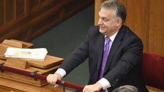 Budapest, 2016. november 14.Orbán Viktor miniszterelnök az Országgyűlés plenáris ülésén 2016. november 14-én.MTI Fotó: Koszticsák Szilárd