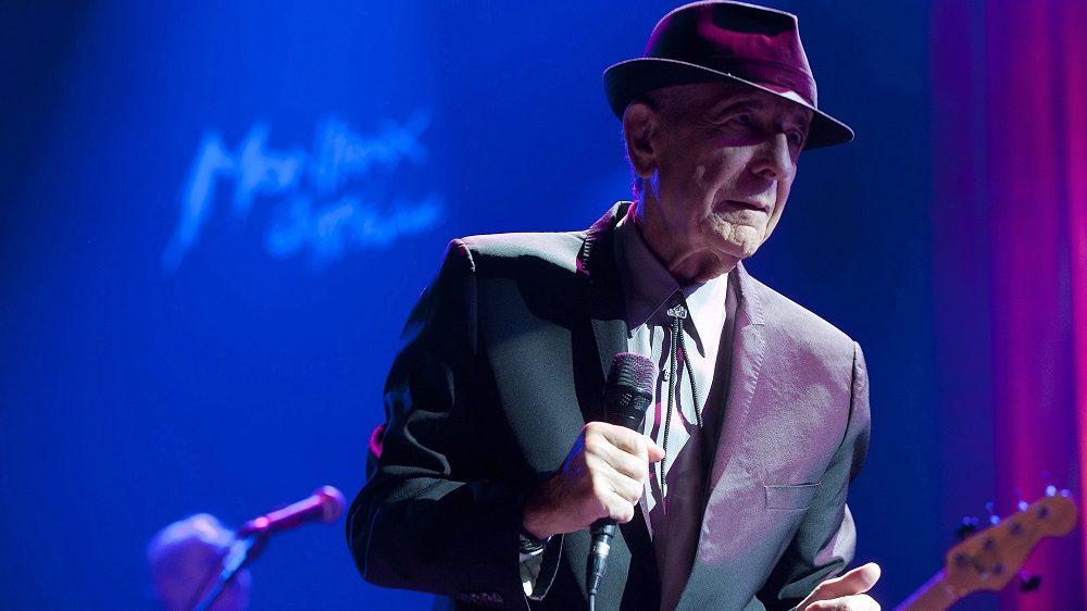 Montreux, 2016. november 11. 2013. július 4-én a 47. Montreux-i Dzsesszfesztiválon készített kép Leonard Cohen kanadai énekes-dalszerzõ-költõrõl, aki 2016. november 10-én, 82 éves korában elhunyt.  (MTI/EPA/Sandro Campardo) *** Local Caption *** 01408436