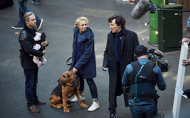 Sherlock, Season 4 premieres January 1, 2017 on MASTERPIECE onPBS.Picture shows: Behind-the-scenes filming 'Sherlock' Season 4. John Watson (MARTIN FREEMAN), Mary Watson (AMANDA ABBINGTON) and Sherlock Holmes (BENEDICT CUMBERBATCH)