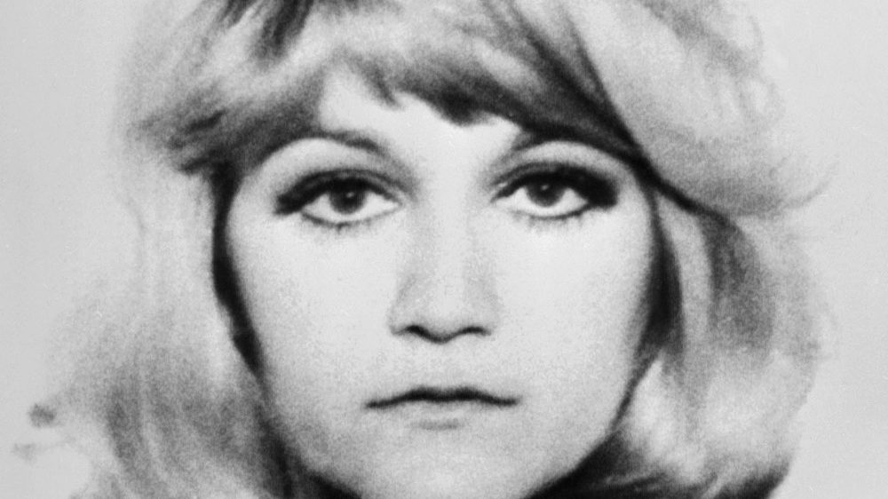 Undated picture shows Vesna Vulovic, a Serbian flight stewardess, the sole survivor of the JAT Flight 367 that crashed near Srbská Kamenice, Czechoslovakia on 26 January, 1972, surviving the highest fall without parachute. / AFP PHOTO / Handout / Handout / RESTRICTED TO EDITORIAL USE - NO MARKETING NO ADVERTISING CAMPAIGNS - DISTRIBUTED AS A SERVICE TO CLIENTS