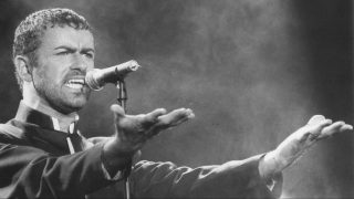 File image of 01/26/1991 by the British singer George Michel during a show at Rock in Rio 2, held at the Maracana stadium, in the northern part of Rio de Janeiro. George Michael, died yesterday, 25, at age 53, according to his agent. The artist became known to the band WHAM !, in the early 1980s, and then went on to a solo career, but his life was filled with controversy. PHOTO: ANA CAROLINA FERNANDES/ESTADAO CONTEUDO