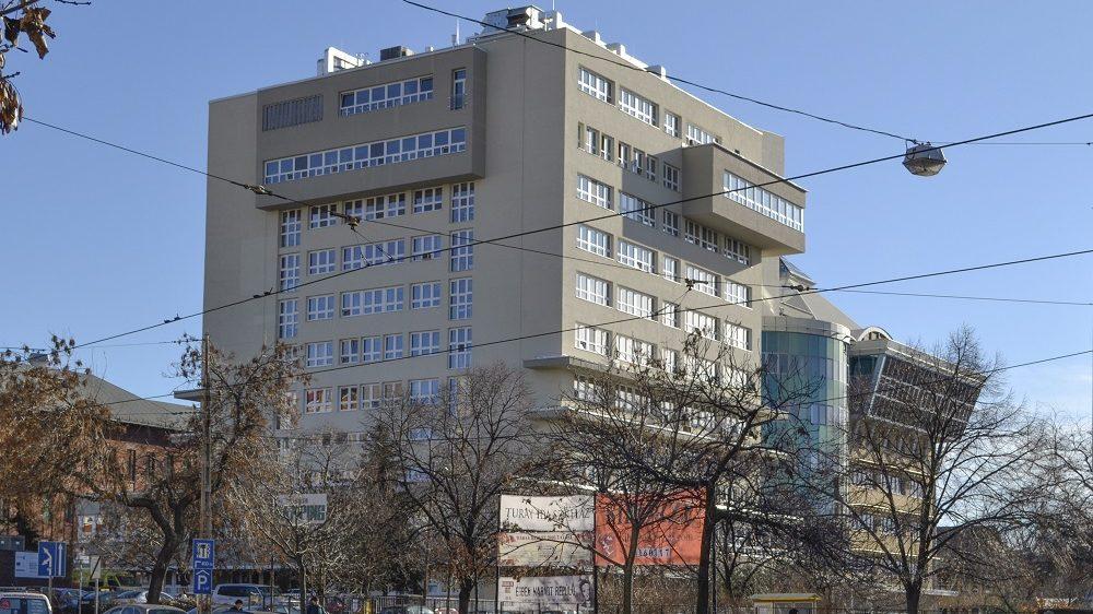 Budapest, 2016. január 13. A Gottsegen György Országos Kardiológiai Intézet épülete a fõváros IX. kerületében, a Haller utcában. MTVA/Bizományosi: Róka László  *************************** Kedves Felhasználó! Ez a fotó nem a Duna Médiaszolgáltató Zrt./MTI által készített és kiadott fényképfelvétel, így harmadik személy által támasztott bárminemû – különösen szerzõi jogi, szomszédos jogi és személyiségi jogi – igényért a fotó készítõje közvetlenül maga áll helyt, az MTVA felelõssége e körben kizárt.