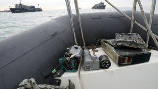 Szocsi, 2016. december 28. A szerencsétlenül járt repülõgép Fekete-tengerbõl kiemelt roncsdarabjai Szocsi közelében 2016. december 27-én, három nappal az után, hogy a tengerbe zuhant az orosz védelmi minisztérium egyik Tu-154-es típusú gépe. A katasztrófát a fedélzeten tartózkodó 94 ember közül valószínûleg senki sem élte túl. (MTI/AP/Viktor Kljusin)