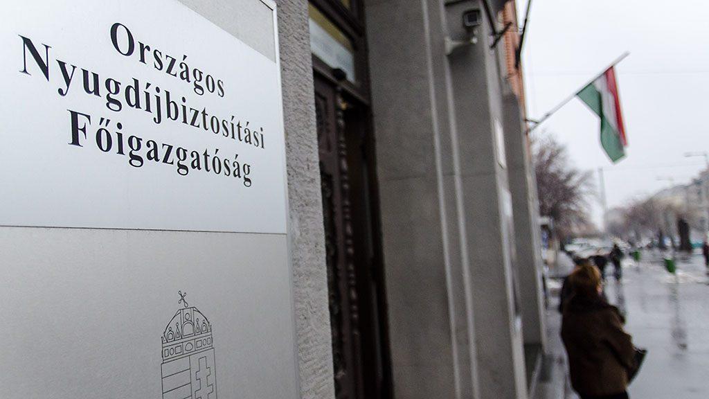 Image: 73438592, A Nyugdíjfolyósító Igazgatóság Fiumei úti épülete, Place: Budapest, Hungary, License: Rights managed, Model Release: No or not aplicable, Property Release: Yes, Credit: smagpictures.com