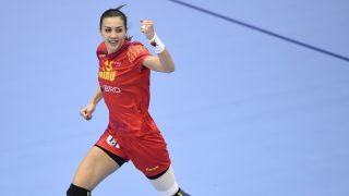 Romania's Cristina Zamfir celebrates after scoring a goal during the Women's European Handball Championship Group D match between Romania and Croatia in Helsingborg, Sweden on December 9, 2016. / AFP PHOTO / JONATHAN NACKSTRAND