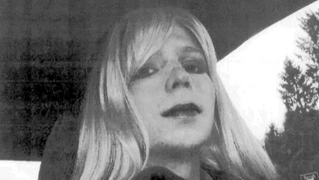 """(FILES) This file photo taken on August 22, 2013 shows Bradley Manning in wig and make-up as """"Chelsea Manning.""""   US President Barack Obama commuted the sentence of Chelsea Manning, who is serving 35 years behind bars for leaking classified US documents, the White House said January 17, 2017. In one of his final acts as president, Obama pardoned 64 people and commuted the sentences of 209 others, including the imprisoned transgender soldier who was convicted in August 2013 of espionage and other offenses after admitting to handing classified documents over to WikiLeaks.  / AFP PHOTO / US ARMY / HO / RESTRICTED TO EDITORIAL USE - MANDATORY CREDIT """"AFP PHOTO /US ARMY"""" - NO MARKETING - NO ADVERTISING CAMPAIGNS - DISTRIBUTED AS A SERVICE TO CLIENTS"""