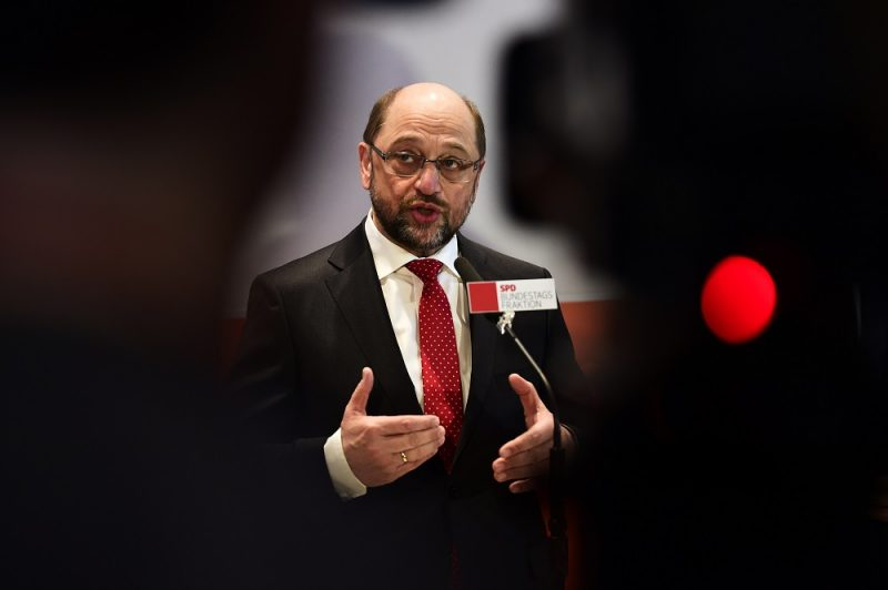 Former European Parliament President Martin Schulz gives a press statement after an extraordinary meeting of the SPD's parliamentary group on January 25, 2017 in Berlin. Germany's Social Democrats unexpectedly named Martin Schulz as their candidate for the chancellorship, raising the stakes in a September election that promises to be Angela Merkel's toughest yet. / AFP PHOTO / Tobias SCHWARZ
