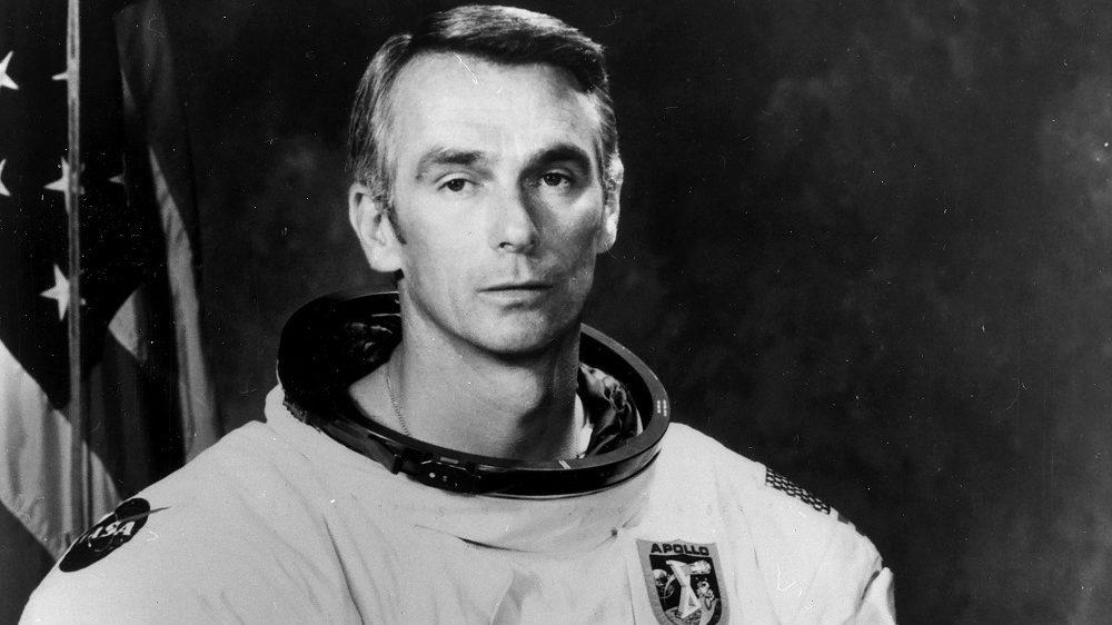 (GERMANY OUT) * 14.03.1934Astronaut USAPortrait im Raumanzug mitApollo-17-Emblem- 1972 (Photo by NASA/ullstein bild via Getty Images)