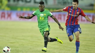 MAKHACHKALA, RUSSIA - JULY 30: Amadou Moutari (L) of FC Anji Makhachkala challenged by Georgy Schennikov of PFC CSKA Moscow during the Russian Premier League match between FC Anji Makhachkala and PFC CSKA Moscow at Anji Arena Stadium on July 30, 2016 in Makhachkala, Russia. (Photo by Epsilon/Getty Images)