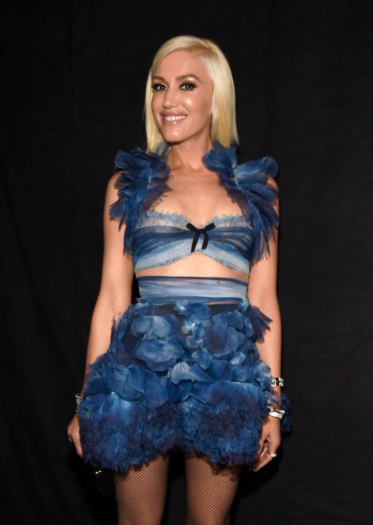 LOS ANGELES, CA - JANUARY 18: Singer Gwen Stefani backstage at the People's Choice Awards 2017 at Microsoft Theater on January 18, 2017 in Los Angeles, California.  (Photo by Kevin Mazur/WireImage)