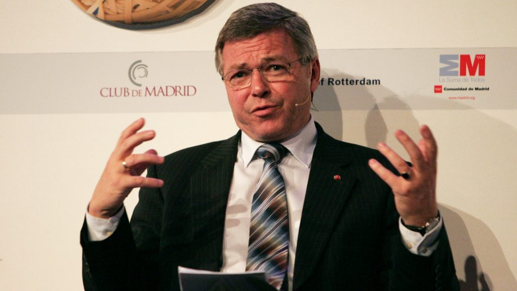 Former Prime Minister of Norway Kjell Magne Bondevik talks during a conference on November 14, 2008 in Rotterdam. A global forum on leadership for shared societies, with 70 heads of State and government from 50 countries, gathered from November 12 till 14, 2008 to discuss how world can manage ethnic, cultural and religious identity differences. AFP PHOTO/Anoek DE GROOT / AFP PHOTO / ANOEK DE GROOT