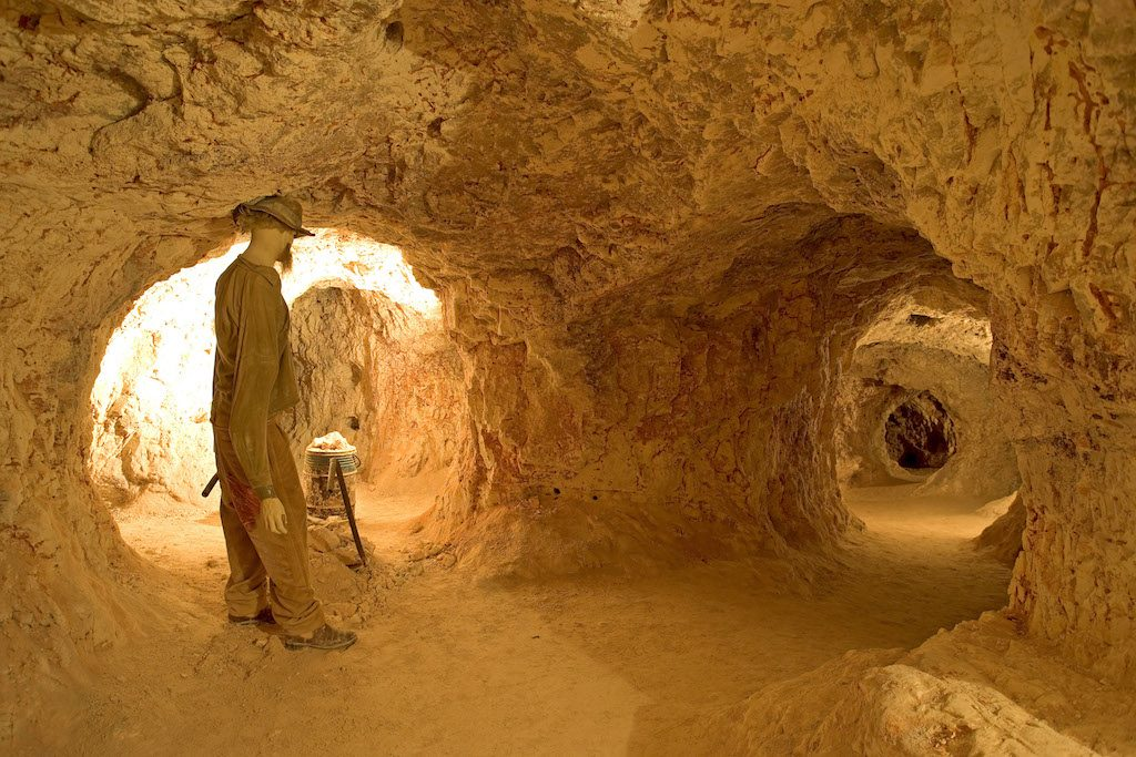Australia, South Australia, underground opale mine, Coober Pedy, world capital of the opale