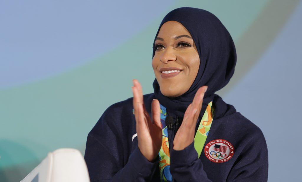 LOS ANGELES, CA - OCTOBER 27: Olympian Ibtihaj Muhammad speaks at the 5th Annual LA84 Foundation Summit on October 27, 2016 in Los Angeles, California.   Jerritt Clark/Getty Images for LA84 Foundation/AFP
