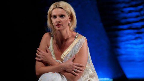 Budapest, 2012. szeptember 11. Janza Kata játszik Helené szerepében a Trója címû rockopera próbáján, a budapesti RAM Colosseumban 2012. szeptember 11-én. MTI Fotó: Kallos Bea