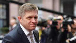 Brüsszel, 2015. március 19.Robert Fico szlovák miniszterelnök megérkezik az EU-tagországok állam- és kormányfőinek brüsszeli találkozójára 2015. március 19-én. (MTI/EPA/Stephanie Lecocq)
