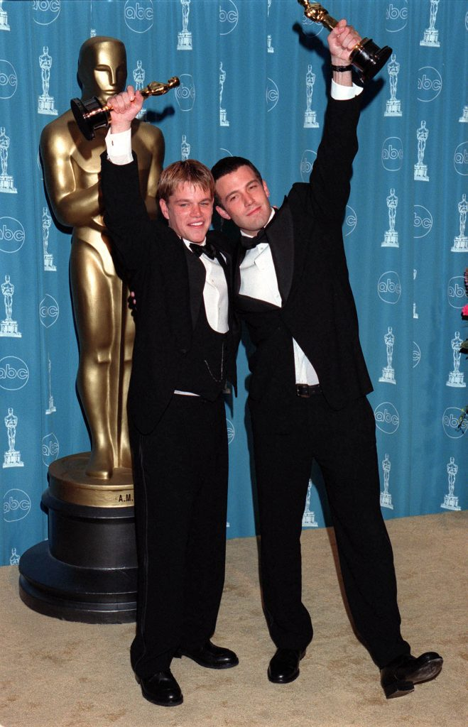MONDAY 03/23/98  LOS ANGELES, CALIFORNIA 70th ANNUAL ACADEMY AWARDS AT THE SHRINE AUDITORIUM Pressroom: Matt Damon & Ben Affleck Photo: Evan Agostini/ImageDirect