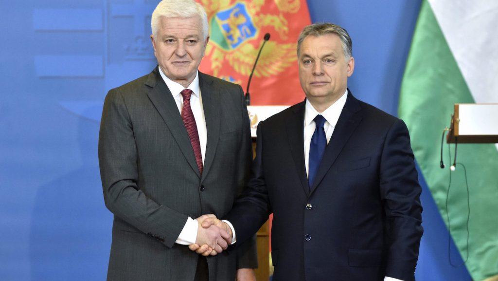 Budapest, 2017. február 24. Orbán Viktor miniszterelnök (j) és Dusko Markovic montenegrói kormányfő a tárgyalásukat követően tartott sajtótájékoztatón az Országházban 2017. február 24-én. MTI Fotó: Máthé Zoltán