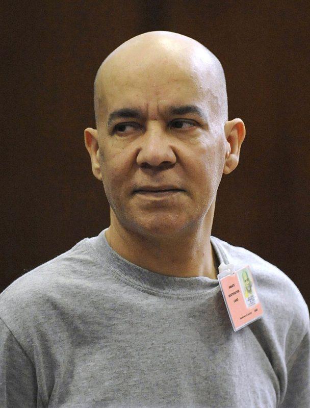 New York, 2017. február 14.2017. február 14-én közreadott kép Pedro Hernandezről a manhattani büntetőbíróságon 2012. november 15-én. Hernandezt vádolják az 1979. május 25-én, New York City SoHo kerületében nyomtalanul eltűnt a 6 éves Etan Patz meggyilkolásával. A férfi maga vallotta be a gyilkosságot 2012 májusában, de később visszavonta azt. 2016. szeptember 12-én, egy évvel az első sikertelen tárgyalás után, elkezdődött az esküdtszék kiválasztása a gyanúsított, Pedro Hernandez per újrafelvételének ügyében. (MTI/AP pool/Louis Lanzano)