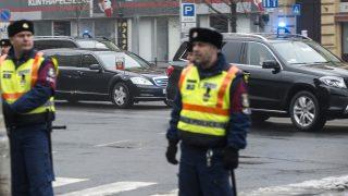 Budapest, 2017. február 2. Vlagyimir Putyin orosz elnök gépkocsikonvoja a Bajcsy-Zsilinszky úton 2017. február 2-án. MTI Fotó: Marjai János