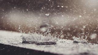 splashing raindrops