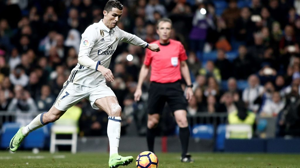 MADRID, SPAIN - MARCH 01: Cristiano Ronaldo of Real Madrid in action  during the Spanish league football match Real Madrid vs  Las Palmas at the Santiago Bernabeu stadium in Madrid on March 1, 2017.   Burak Akbulut / Anadolu Agency