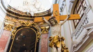 A felújított barokk templom a partiumi Nagykárolyban