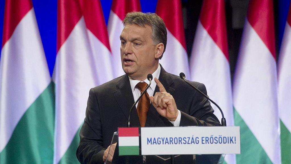 Budapest, 2015. február 27.Orbán Viktor miniszterelnök évértékelő beszédét mond a budapesti Várkert Bazárban 2015. február 27-én.MTI Fotó: Koszticsák Szilárd