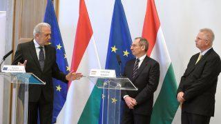 A Belügyminisztériumban tárgyalt a migrációs ügyekért és uniós belügyekért felelős biztos