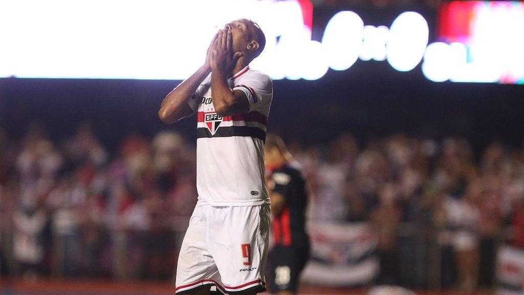 LANCEPRESS! - (Brasil Out) - São Paulo, SP - 18.03.2015 - Foto de Reginaldo Castro/Lancepress! - COPA LIBERTADORES - São Paulo x San Lorenzo - Local: Morumbi - NF:  Luiz Fabiano