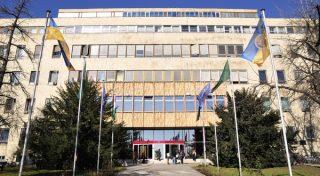 Pecsi Tudomanyegyetem, Orvoskar, 2009 februar. Pecs Univ., Med. School, 2009 February, Pecs, Hungary.