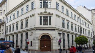 Budapest, 2016. november 26. A CEU Középeurópai Egyetem, CEU Business School régi épülete az V. kerület, Nádor utca 9-ben. MTVA/Bizományosi: Róka László  *************************** Kedves Felhasználó! Ez a fotó nem a Duna Médiaszolgáltató Zrt./MTI által készített és kiadott fényképfelvétel, így harmadik személy által támasztott bárminemû – különösen szerzõi jogi, szomszédos jogi és személyiségi jogi – igényért a fotó készítõje közvetlenül maga áll helyt, az MTVA felelõssége e körben kizárt.