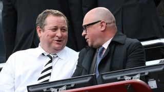 """Newcastle United's English owner Mike Ashley (L) talks with managing director Lee Charnley (R) as he waits for the kick off in the English Premier League football match between Newcastle United and West Ham United at St James Park, Newcastle-Upon-Tyne, north east England on May 24, 2015. AFP PHOTO / IAN MACNICOL  RESTRICTED TO EDITORIAL USE. NO USE WITH UNAUTHORIZED AUDIO, VIDEO, DATA, FIXTURE LISTS, CLUB/LEAGUE LOGOS OR """"LIVE"""" SERVICES. ONLINE IN-MATCH USE LIMITED TO 45 IMAGES, NO VIDEO EMULATION. NO USE IN BETTING, GAMES OR SINGLE CLUB/LEAGUE/PLAYER PUBLICATIONS. / AFP PHOTO / Ian MacNicol"""