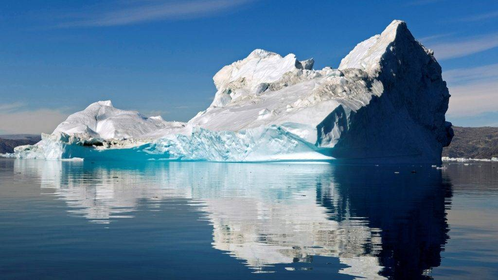PACK, ICEBERG, FJORD SERMILIK,  TINITEQILAAQ, REGION ANGMASSALIK, COTE EST, GROENLAND Pack icebergs  dans  le  fjord Sermilik , prčs  de Tiniteqilaaq. Saison, été. Tiniteqilaaq - Angmassalik - GL - Groenland [pas d'autorisation nécessaire]