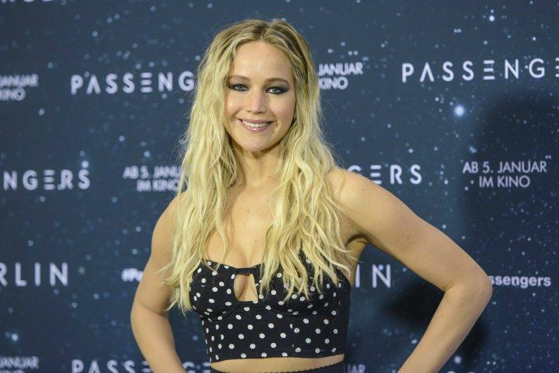 Jennifer Lawrence attends the 'Passengers' photocall at Hotel Adlon on December 2, 2016 in Berlin, Germany.      usage worldwide