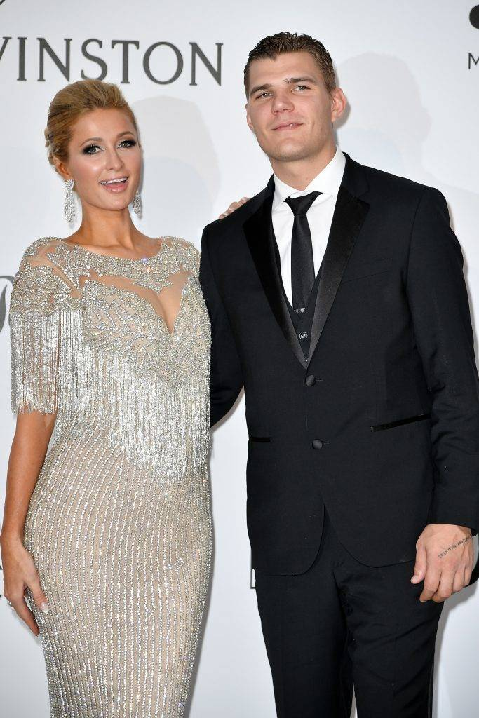 CAP D'ANTIBES, FRANCE - MAY 26: Paris Hilton (L) and Chris Zylka attend the Amfar Gala at Hotel du Cap-Eden-Roc in Cap d'Antibes, France on May 26, 2017.  Philip Rock / Anadolu Agency