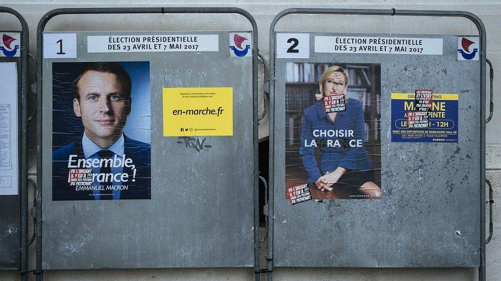 Electoral posters of the second round for the Presidential in France. Paris, France, May 4, 2017. Affiches électorales du second tour pour la Présidentielle en France. Paris, France, 4 mai 2017.