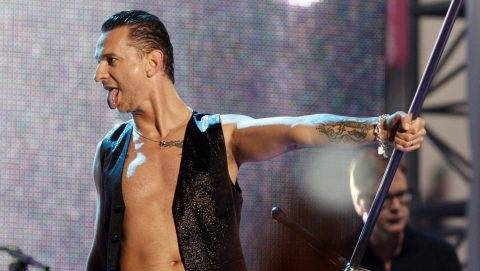 LOS ANGELES, CA - APRIL 23: Singer Dave Gahan of the rock band Depeche Mode performs on Jimmy Kimmel Live! at Hollywood and Vine on April 23, 2009 in Los Angeles, California.   Kevin Winter/Getty Images/AFP