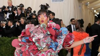 """NEW YORK, NY - MAY 01:  Rihanna attends the """"Rei Kawakubo/Comme des Garcons: Art Of The In-Between"""" Costume Institute Gala at Metropolitan Museum of Art on May 1, 2017 in New York City.  (Photo by Neilson Barnard/Getty Images)"""