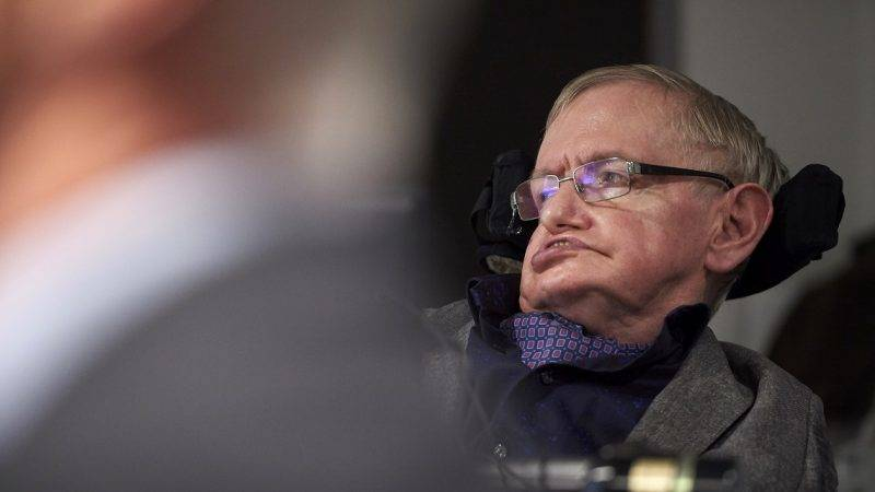 British scientist Stephen Hawking attends the launch of The Leverhulme Centre for the Future of Intelligence (CFI) at the University of Cambridge, in Cambridge, eastern England, on October 19, 2016. The Leverhulme Centre for the Future of Intelligence (CFI), which launched today, is a collaboration between the University of Cambridge, the University of Oxford, Imperial College London, and the University of California, Berkeley. The centre will explore the implications of the rapid development of artificial intelligence (AI). / AFP PHOTO / NIKLAS HALLE'N