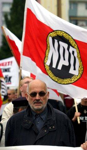 photo taken 08 June 2002 shows German far-right activist Horst Mahler during a far-right demonstration in Leipzig. German state authorities said 25 July 2003 they have moved to block Malher from traveling to the former Nazi death camp Auschwitz, where he planned to hold a rally to deny the Holocaust.