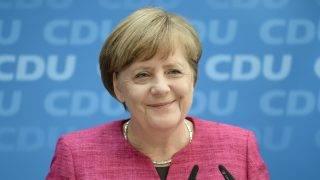 Berlin, 2017. május 15. Angela Merkel német kancellár, a Kereszténydemokrata Unió, a CDU elnöke a legnépesebb német tartományban, Észak-Rajna-Vesztfáliában rendezett tartományi választás másnapján tartott berlini sajtóértekezleten 2017. május 15-én. Az eddig ellenzékben lévõ CDU megnyerte a választást. (MTI/EPA/Clemens Bilan)