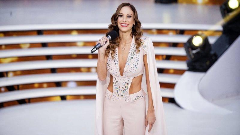 Budapest, 2016. november 20.Vajna Tímea, a szépségverseny tulajdonos-producere a Miss Universe Hungary döntőjének közvetítése előtt a TV2 stúdiójában 2016. november 20-án.MTI Fotó: Balogh Zoltán